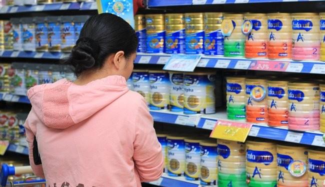 EuroCham lên tiếng về chuyện giá sữa không thể giảm.