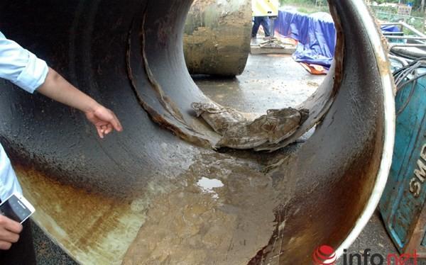 Vị trí vỡ đường ống dẫn nước sạch sông Đà về Hà Nội.