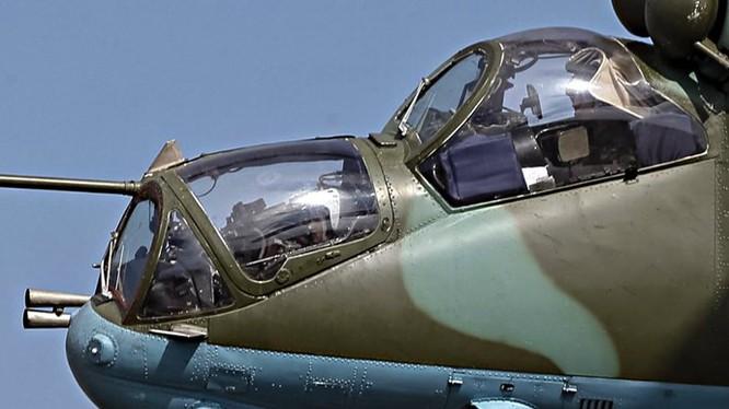 Trực thăng vũ trang Mi-24, một trong những vũ khí lợi hại của Nga sẽ làm IS khiếp đảm - Ảnh minh họa: AFP