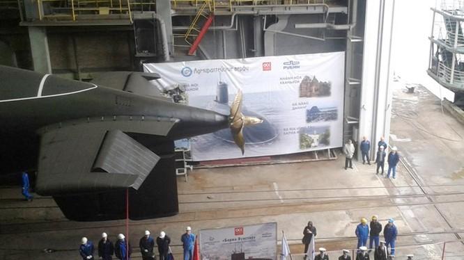 Lễ hạ thuỷ tàu ngầm 187 Bà Rịa - Vũng Tàu tại St.Petersburg (Nga) ngày 28.9.2015 - Ảnh: sledanounas