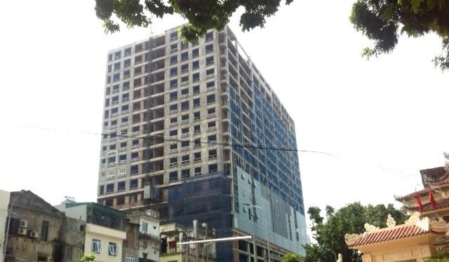 Trong tổng số 64 căn hộ thuộc khối chung cư của dự án 8B Lê Trực đã bán gần hết với giá 75 - 81 triệu đồng/m2.