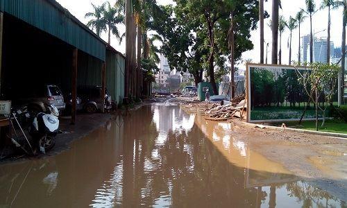 Dự án hợp tác giữa Vinasport và Vina Megastar vẫn bỏ không, lầy lội nước mỗi khi mưa to