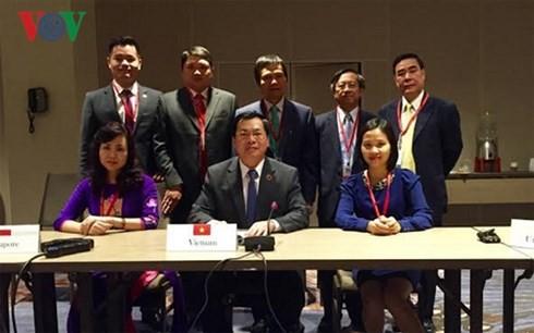 Bộ trưởng Công Thương Vũ Huy Hoàng và một số thành viên Đoàn Việt Nam tham gia đàm phán TPP tại Atlanta, Mỹ.