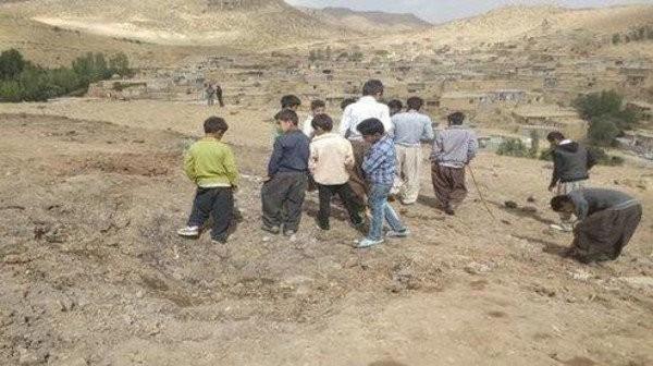 """Dấu tích của các vụ nổ """"vật thể bay lạ"""" được cho là tên lửa Nga tại một số địa phương ở Iran"""