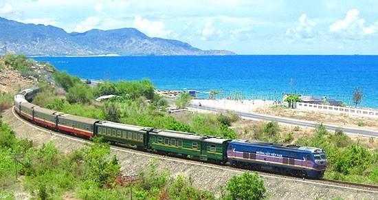 Hàng trăm triệu USD phục vụ cải tạo tốc độ chạy tàu trên tuyến Bắc - Nam
