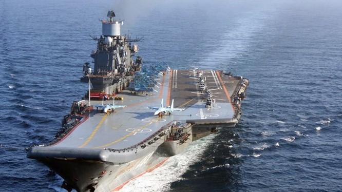 Tàu sân bay Đô đốc Kuznetsov của Nga chuẩn bị đi vào hoạt động tác chiến trở lại sau những tháng sửa chữa - Ảnh: Hải quân Nga