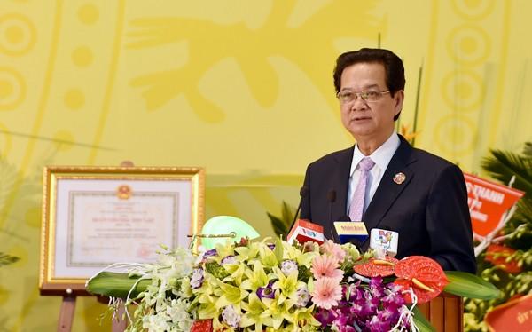 Thủ tướng Nguyễn Tấn Dũng phát biểu chỉ đạo Đại hội Đảng bộ Khối doanh nghiệp Trung ương. Ảnh: VGP/Nhật Bắc