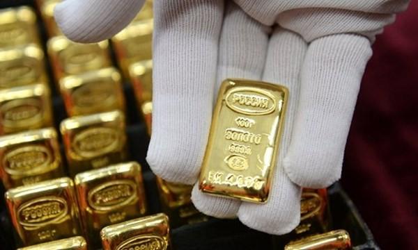 Không tin vào USD, Nga tăng dự trữ vàng
