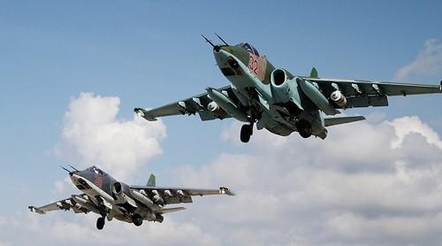 Máy bay Su-25 Nga tham gia không kích IS ở Syria. Ảnh: RT