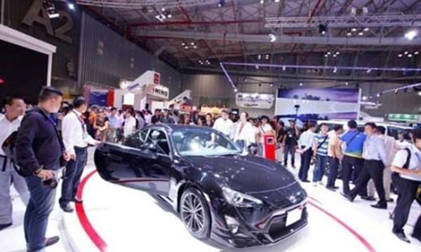 Bộ Tài chính ủng hộ giảm thuế để người dân mua được ôtô