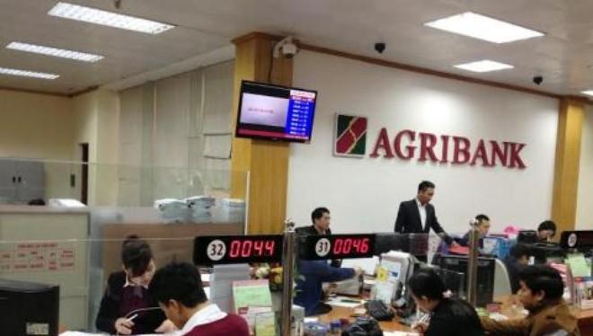 Agribank tuyển dụng nhân sự ưu tiên… con cháu trong nhà