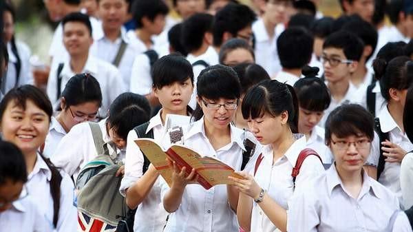 Hoang mang khi thấy Bộ Giáo dục tham khảo chương trình của... hơn 40 nước!
