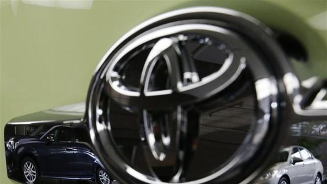 Dù suy giảm so với năm ngoái, doanh số bán hàng của Toyota vẫn đứng đầu thế giới trong 9 tháng đầu năm nay - Ảnh: Reuters