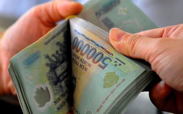 Lương bình quân viên chức quản lý doanh nghiệp thuộc UBND TP.HCM là 33,5 triệu đồng/tháng