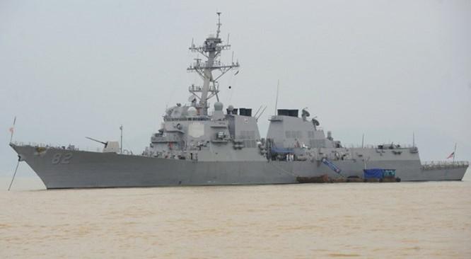Tàu khu trục USS Lassen của Hạm đội 7 Hải quân Mỹ trong lần thăm Đà Nẵng năm 2009, neo đậu tại cảng Tiên Sa - Ảnh: AFP
