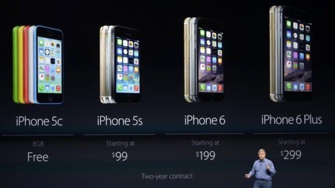 Apple đã toan tính rất nhiều đằng sau giá bán rẻ của các iPhone thế hệ cũ - Ảnh: Apple