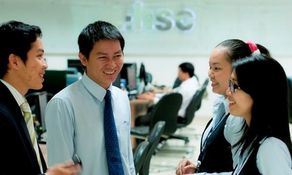 Vinamilk, HSC, Đạm Phú Mỹ quản trị công ty đứng đầu Việt Nam