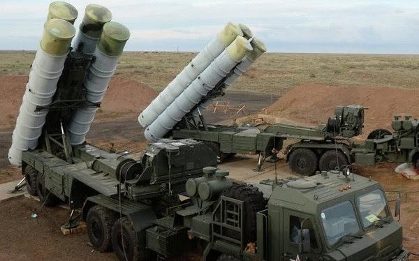 Tin nóng 24h qua: Hà Nội than khó về nhân sự, hợp đồng mua vũ khí lớn nhất lịch sử của Nga - Ấn, triệu tập nguyên TGĐ AgriBank, IS quyết liệt phản kích tại Syria