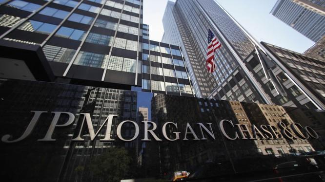 JP Morgan và HSBC đứng đầu top 30 ngân hàng thế giới không thể để sụp đổ