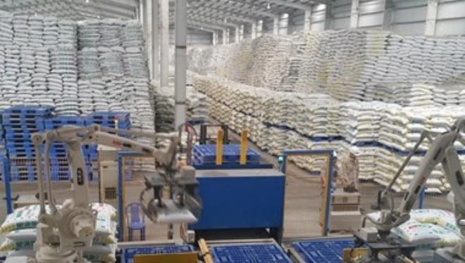 Dây chuyền sản xuất DAP của nhà máy. (Ảnh: Lục Hương Thu/TTXVN)