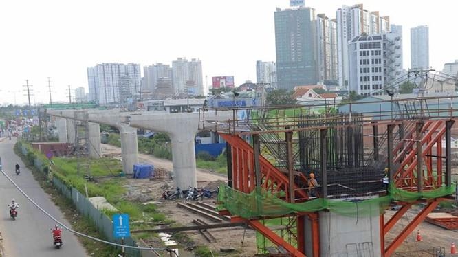 Dự án xây dựng tuyến metro Bến Thành - Suối Tiên đoạn qua địa bàn Q.2, Q.Thủ Đức ngày 9.11 - Ảnh: Diệp Đức Minh