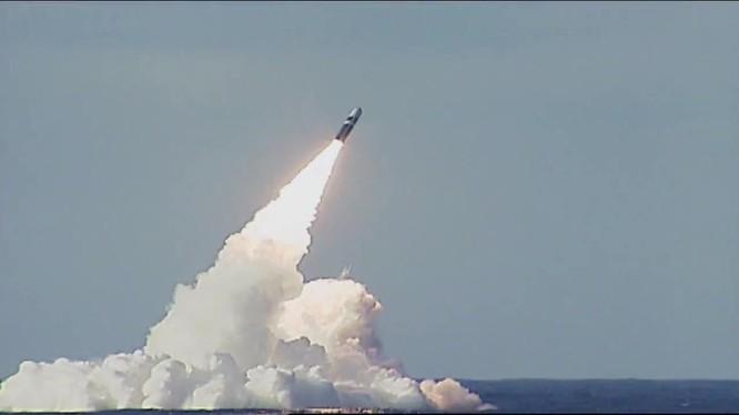 Cái giá của việc thử tên lửa bí mật