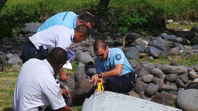 Vụ mất tích bí ẩn của MH370 vào năm ngoái làm nảy sinh những lo ngại về hệ thống theo dõi hiện hữu - Ảnh: Reuters