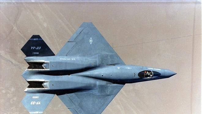Máy bay YF-23 của Northrop Grumman, một thời cạnh tranh với F-22.