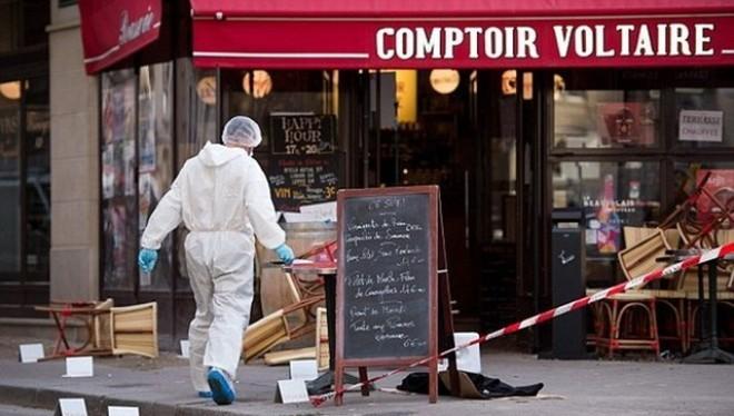 Ibrahim Abdeslam đã cho nổ quả bom mang theo người bên ngoài quán càphê Comptoir Voltaire, rất gần hiện trường vụ thảm sát tại nhà hát Bataclan. (Nguồn: EPA)