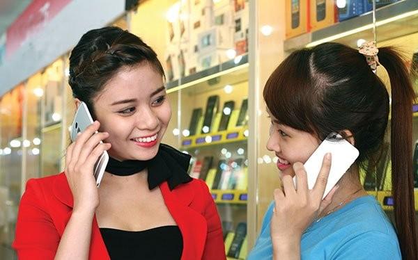 Nếu phải đợi đến năm 2016 mới cấp phép triển khai dịch vụ 4G thì Việt Nam sẽ bị tụt hậu so với thế giới. Ảnh: MINH KHUÊ