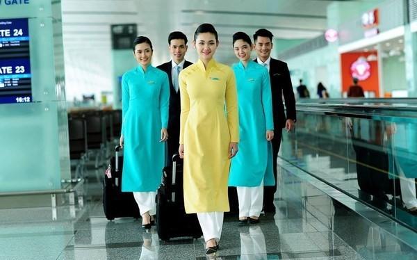 """Nhiều tiếp viên hàng không của Vietnam Airlines kêu bị """"cưỡng bức làm từ thiện""""."""