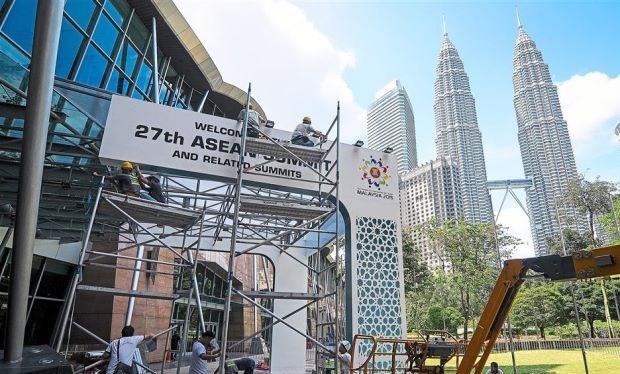 Công tác chuẩn bị cho Hội nghị thượng đỉnh ASEAN 27 ở Kuala Lumpur, Malaysia.