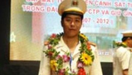 Trung tá Phạm Mạnh Hùng