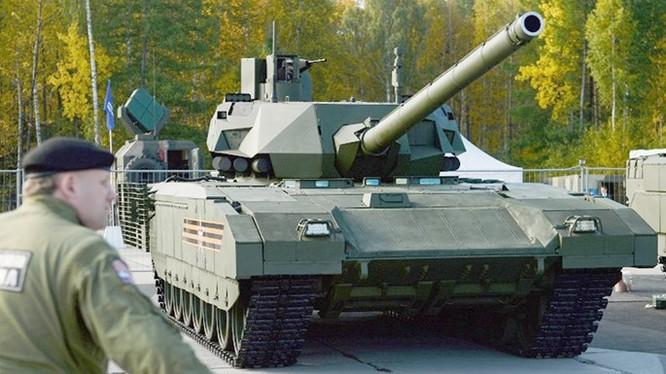 Xe tăng Armata T-14 của Nga - Ảnh: TASS