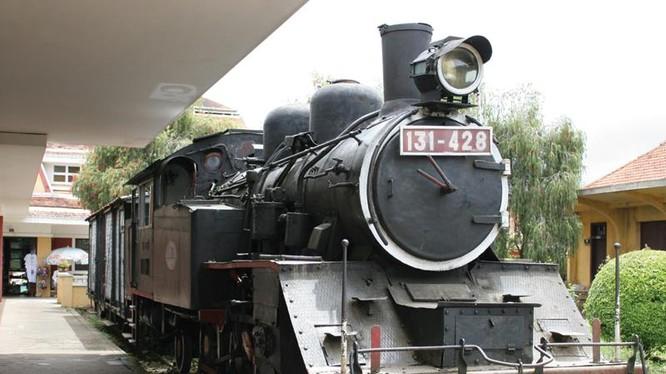 Ga Đà Lạt - điểm khởi đầu của tuyến đường sắt Đà Lạt - Trại Mát