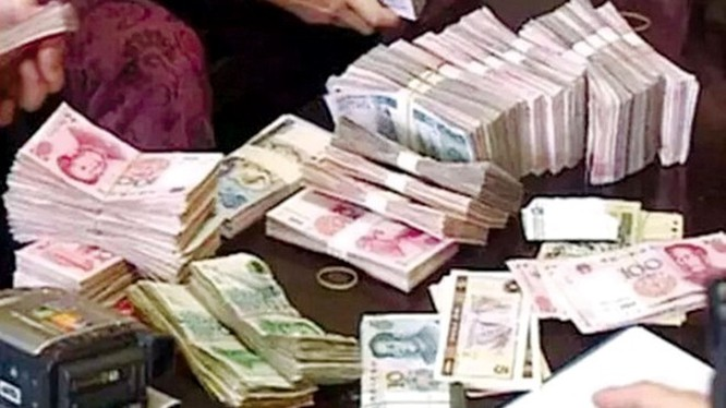 Trung Quốc triệt phá các ngân hàng rửa tiền