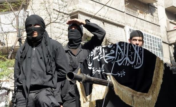 Các phiến quân thuộc nhóm khủng bố Jabhat Al-Nusra có liên kết với Al-Qaeda - Ảnh: Mmedia