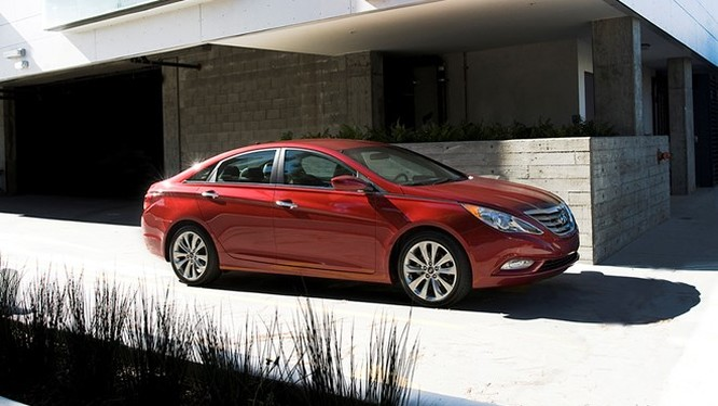 Hyundai thu hồi gần nửa triệu xe do lỗi hệ thống phanh