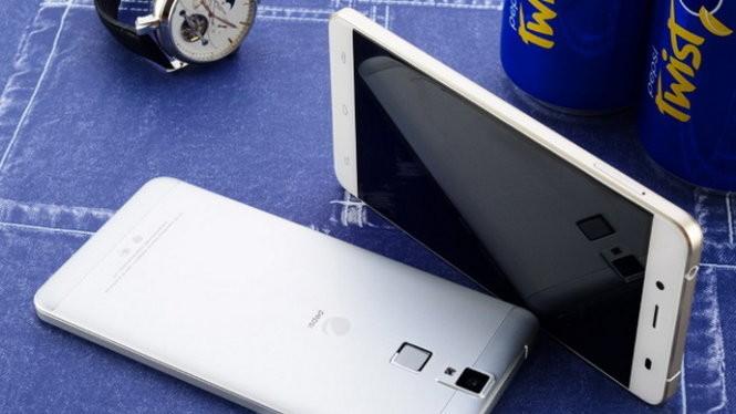 Ảnh thiết bị mẫu smartphone Pepsi P1s - Nguồn: JD Finance