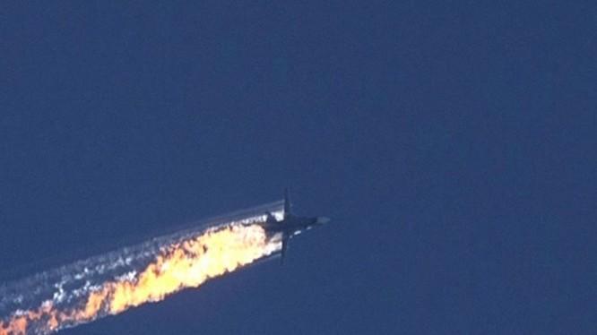 Vụ Su-24 Nga bị bắn rơi được hai nhà khoa học vật lý thiên văn Bỉ mổ xẻ theo quan điểm khoa học