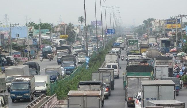 Quốc lộ 1A được nâng cấp nhờ vốn TPCP - Ảnh TL.