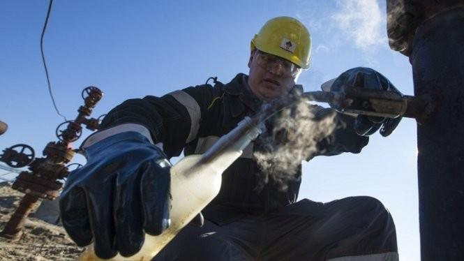Nền kinh tế Nga được dự báo tiếp tục suy giảm trong năm tới - Ảnh: TASS