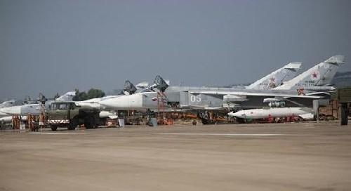 Phi đội máy bay Nga có thể tăng lên 100 chiếc tại Syria. Ảnh: live leak