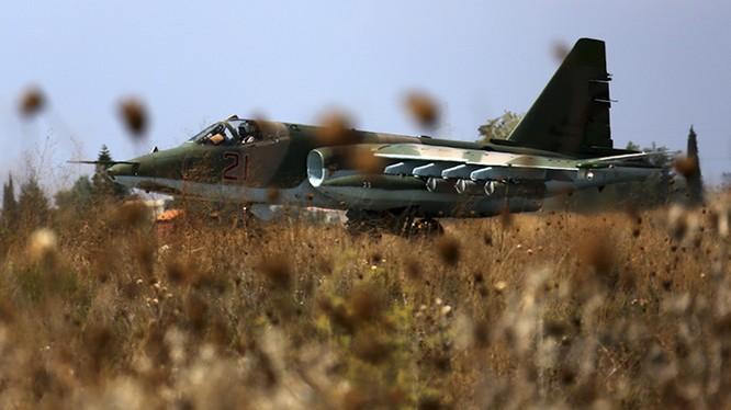 Cận cảnh đầu não không lực Nga giữa lòng Syria