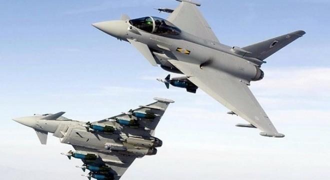 Máy bay của Không quân Hoàng gia Anh. Ảnh: Daily Mail