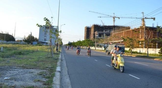 Nhà chức trách phát hiện 137 lô đất ở các khu vực ven biển Đà Nẵng đã rơi vào tay người Trung Quốc.