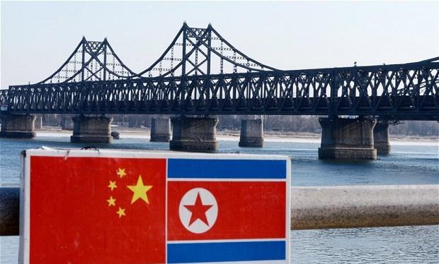 Cầu bắc qua sông Áp Lục, khu vực biên giới Trung Quốc-Triều Tiên. (Nguồn: AFP)