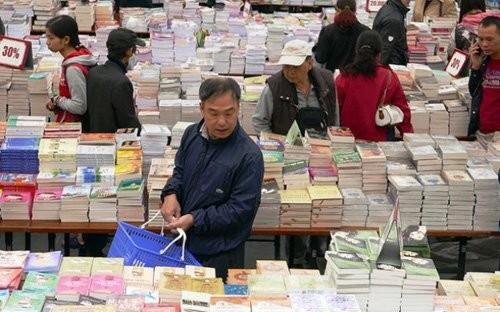 Ở Việt Nam, trung bình mỗi người chỉ đọc khoảng 1-2 cuốn sách/năm (ảnh minh họa)