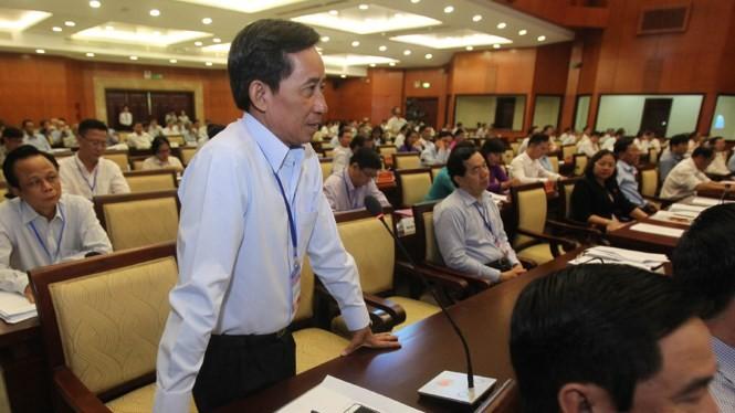 Quang cảnh hội trường kỳ họp vào sáng 9.12 trong phần thảo luận chung về kinh tế - xã hội - Ảnh: Tân Phú