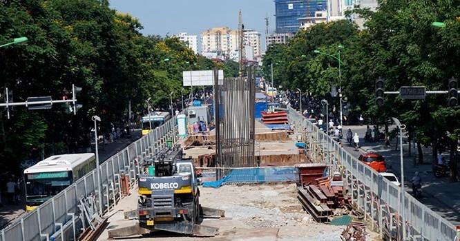 Địa phương sẽ phải nâng cao hiệu quả sử dụng vốn vay (Trong ảnh: Dự án đường sắt đô thị đoạn Nhổn - Ga Hà Nội).